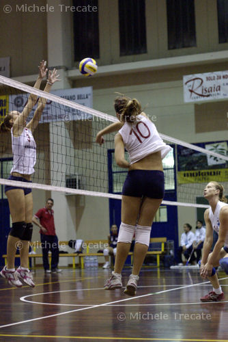 pallavolo a Vercelli: S2M Volley Vercelli contro Email.it Canavese