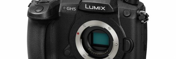 Mirrorless Panasonic Lumix GH5